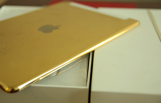 24K-gold-plated-Apple-iPad-Air-2-is-available-from-Karalux (3)