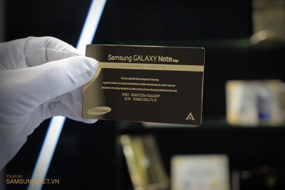 A-closer-look-at-the-gold-version-of-the-Galaxy-Note-Edge (3)