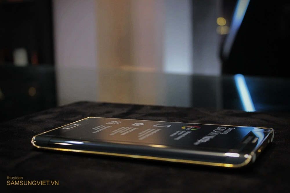 A-closer-look-at-the-gold-version-of-the-Galaxy-Note-Edge (5)