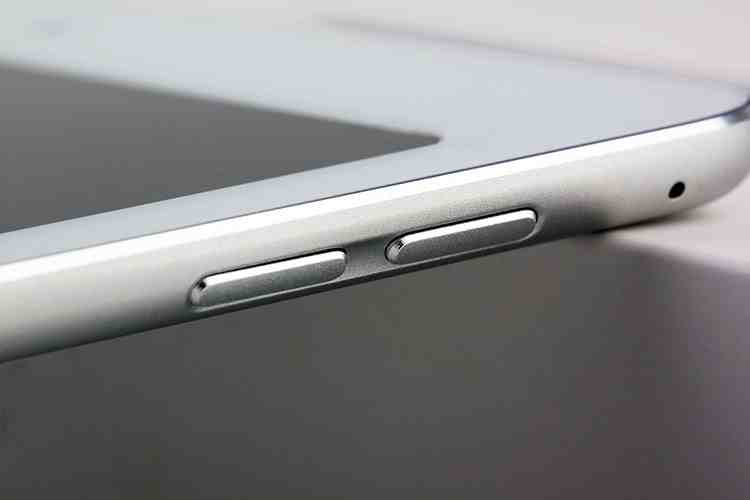 Alleged-iPad-Air-2iPad-6-dummy-design-leaks-out-Touch-ID-fingerprint-scanner-is-a-go (5)