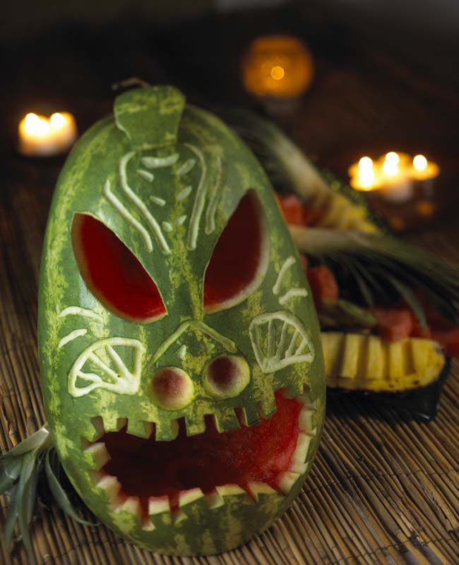 Carve_A_Watermelon_Designs_04_Tiki