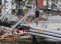 بالصور :اعصار خطير يضرب جزيرة باجا في المكسيك