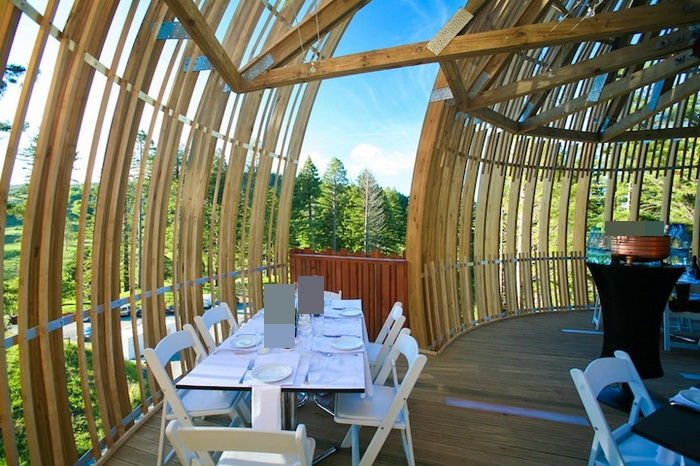 Yellow-Treehouse-Restaurant-2