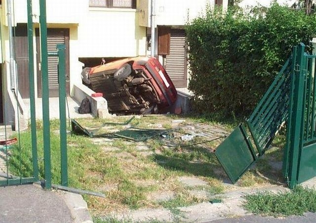 crazy_fun_laughing_cool_images_of_bad_parking_35