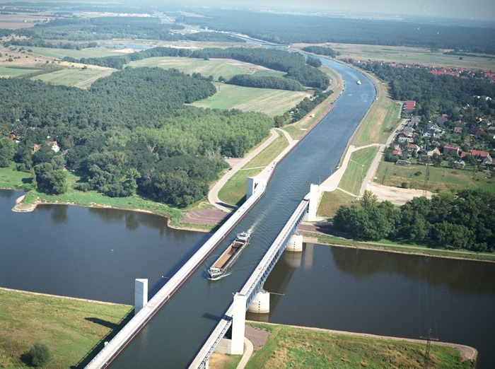magdeburg-water-bridge613