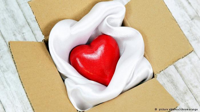 رسائل قصيرة للجوال في عيد الحب 2015