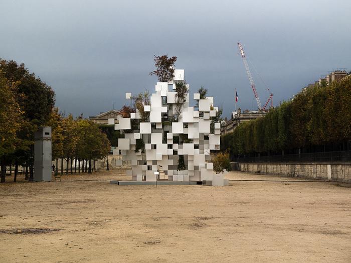 حديقة في باريس بتصميم ياباني .. صور