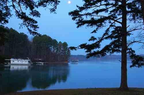 صور خلفيات بحيرات طبيعية عالية الدقة