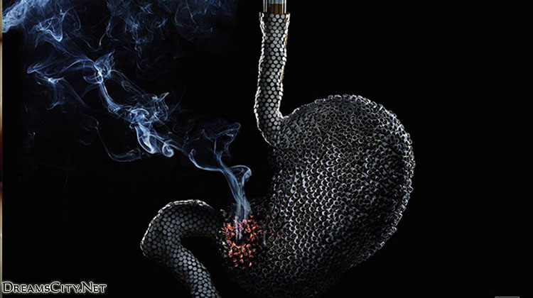 The-risk-of-smoking-on-the-stomach