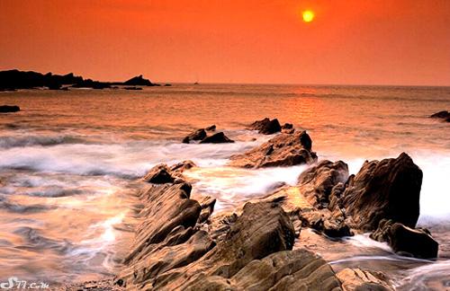 صور وخلفيات غروب الشمس باختلاف الوانها